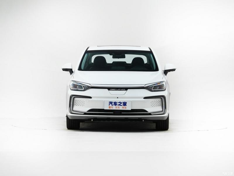 北汽新能源純電動汽車